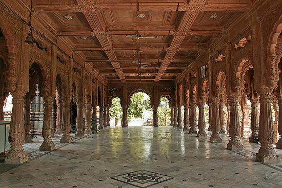 Krishnapura chhatris