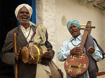 Home img folklore dance 3