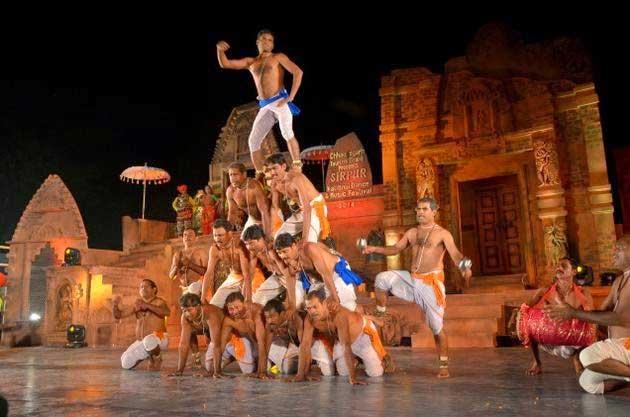 Panthi dance